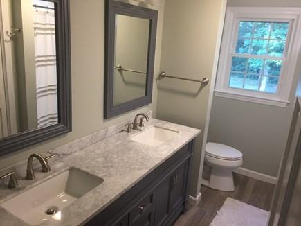 Brewster Cape Cod vacation rental - First floor full bathroom
