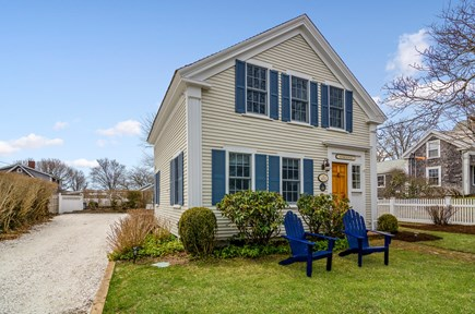 Chatham Cape Cod vacation rental - Charming sea captain's house, located steps from Chatham center.