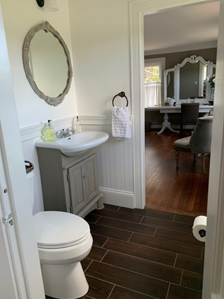 Dennis Cape Cod vacation rental - Half Bathroom