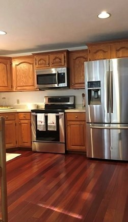 Bourne Cape Cod vacation rental - Stainless steel appliances