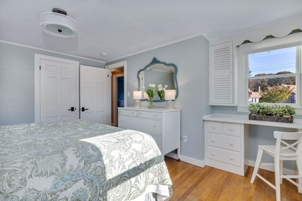 East Orleans Cape Cod vacation rental - built-in desk