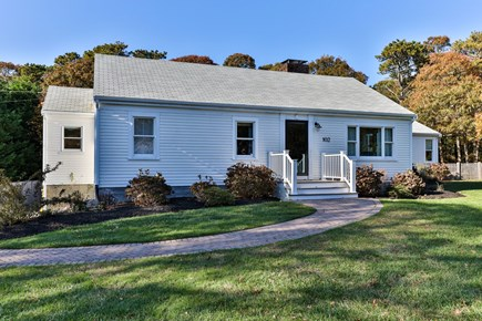 East Orleans Cape Cod vacation rental - Welcoming front entrance