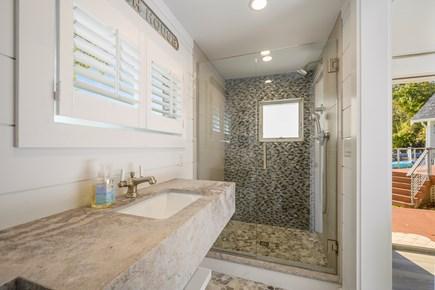 Cotuit Cotuit vacation rental - Bathroom cottage
