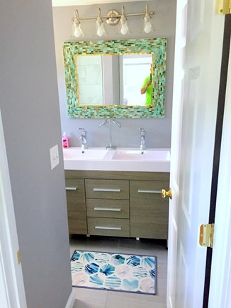 South Yarmouth Cape Cod vacation rental - New double vanities