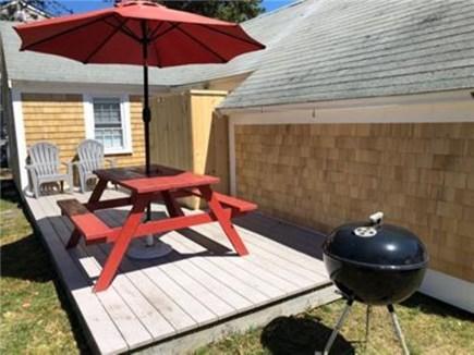 Dennis Port Cape Cod vacation rental - 2 bed/1 bath, sleeps 4, less than 1 min walk to private beach