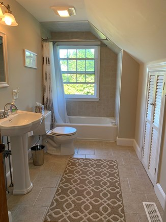 Chatham Cape Cod vacation rental - Full bath - second floor