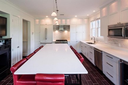 Provincetown Cape Cod vacation rental - Sleek & modern kitchen & TV & fireplace