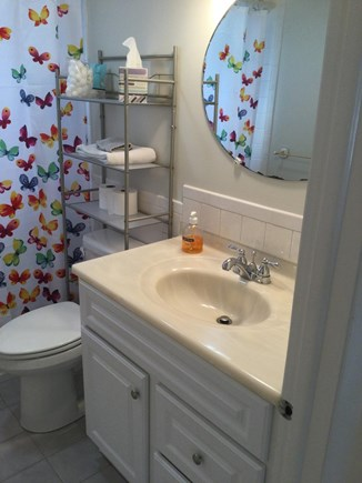 Harwich Center Cape Cod vacation rental - Bathroom (other view)