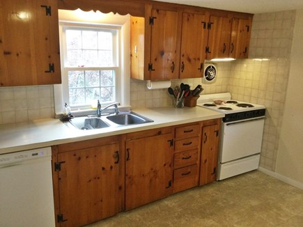 Harwich Center Cape Cod vacation rental - Fully-equipped kitchen