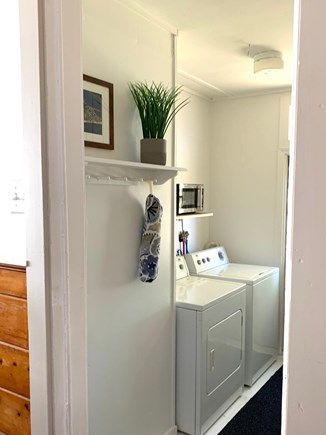 Falmouth Cape Cod vacation rental - Washer/dryer room
