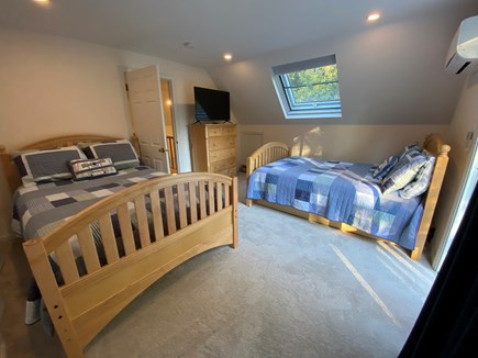 Osterville Cape Cod vacation rental - Upstairs Bedroom #2: 2 Doubles and a trundle for kids fun