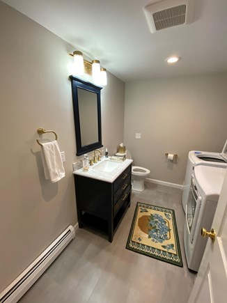 Osterville Cape Cod vacation rental - New 1st floor 1/2 bathroom with washer and dryer