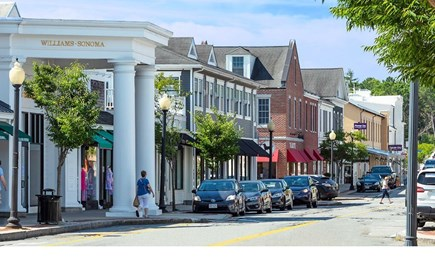 Mashpee Cape Cod vacation rental - Shop, dine and enjoy Mashpee Commons only 10 min. drive