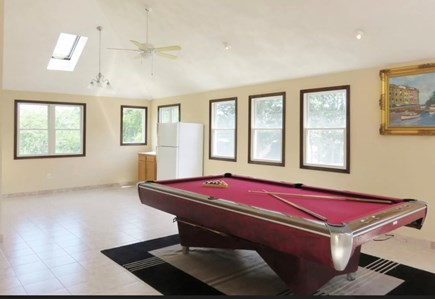 Mashpee Cape Cod vacation rental - Movers coming 2 relocate table. Great large room for relaxing