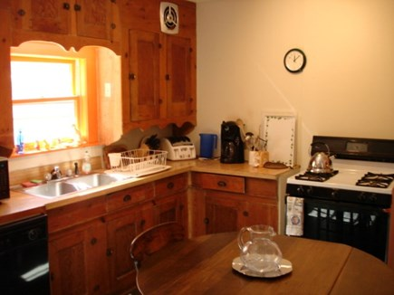 Wellfleet, Down Town Village Cape Cod vacation rental - Kitchen