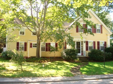 Wellfleet, Down Town Village Cape Cod vacation rental - Front of home facing Main St