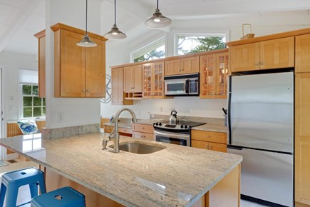 Falmouth Cape Cod vacation rental - Kitchen Island
