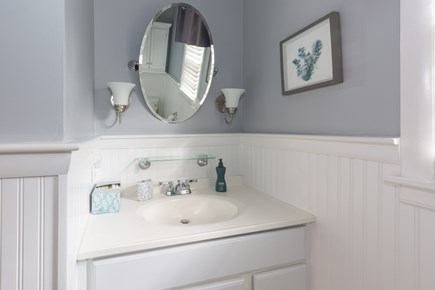Hyannis Cape Cod vacation rental - Main updated full bathroom with tub/shower combo