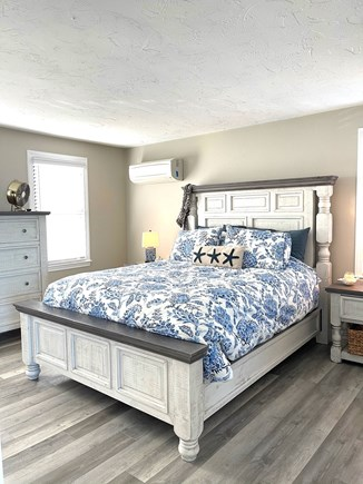 Sandwich Cape Cod vacation rental - King bed in master with full bath & jacuzzi