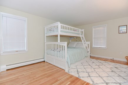 Hyannis/Centerville LIne Cape Cod vacation rental - Bedroom 2 sleeps 4. Single over full over single pullout bunkbed.