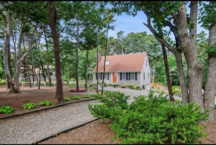 Eastham Cape Cod vacation rental - On a quiet cul de sac with beautiful landscaped yard