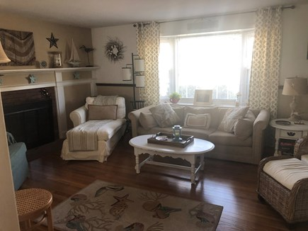 Falmouth, Maravista Cape Cod vacation rental - Living room with FP, TV cable, WIFIbooks, games, puzzles, galore
