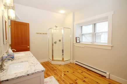 Wellfleet Cape Cod vacation rental - Second floor ensuite bathroom with shower