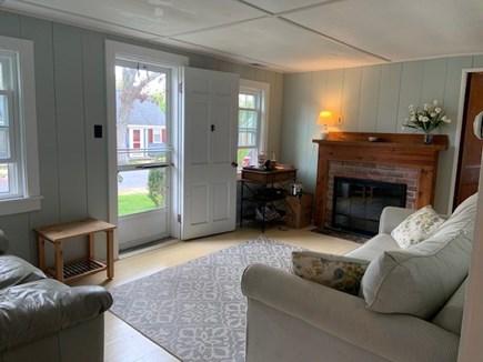 Dennisport Cape Cod vacation rental - Lving room