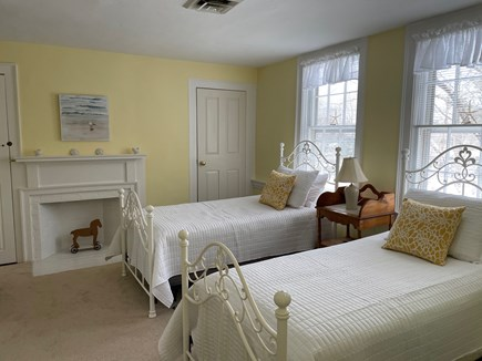 Yarmouth Port Cape Cod vacation rental - Yellow bedroom with two twin beds
