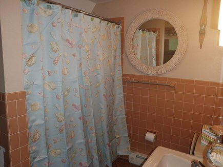 East Orleans Cape Cod vacation rental - Main bathroom - 1st floor.