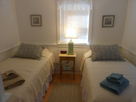 Hyannis Cape Cod vacation rental - Twin beds