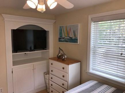 Mashpee Cape Cod vacation rental - First floor 2nd bedroom
