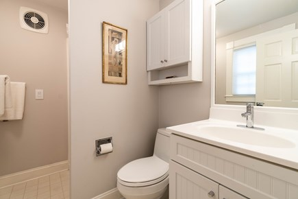 Provincetown Cape Cod vacation rental - Bath
