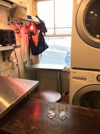 Provincetown Historic District Cape Cod vacation rental - Oversize new washer dryer; watch the world go by.
