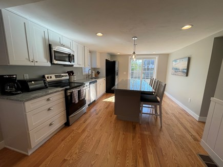 East Falmouth close to Washbur Cape Cod vacation rental - Kitchen