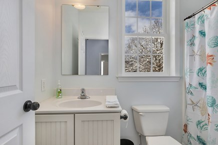 Orleans Cape Cod vacation rental - 1st floor full bathroom with tub/shower combo