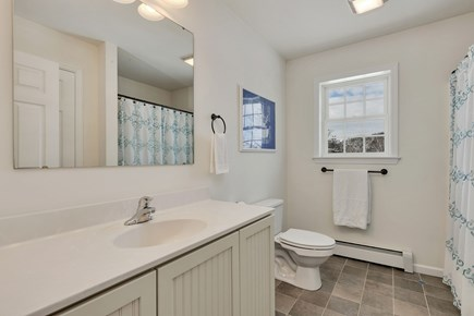 Orleans Cape Cod vacation rental - 2nd floor full bathroom with tub/shower combo