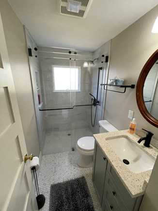 Falmouth, Maravista Cape Cod vacation rental - Newly remodeled bathroom with Walk in shower.