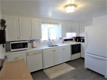 Yarmouthport Cape Cod vacation rental - Equipped kitchen