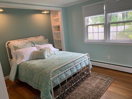 Osterville Cape Cod vacation rental - Guest Room 1. Bed size=full. Jack and Jill bathroom ensuite