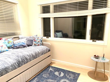 Brewster Cape Cod vacation rental - Daybed in sun room off dining area