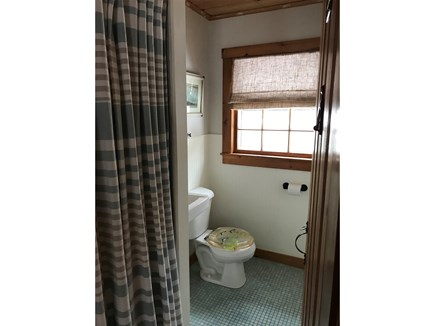 Eastham, Thumpertown - 3965 Cape Cod vacation rental - Bathroom