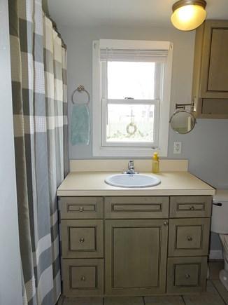 Yarmouth Cape Cod vacation rental - Full bath