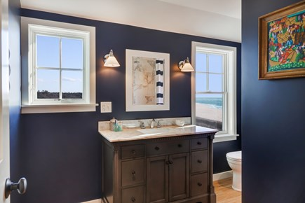 Wellfleet Cape Cod vacation rental - Bathroom