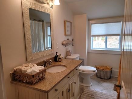 Centerville Cape Cod vacation rental - Bathroom