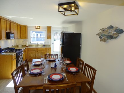 Yarmouth Cape Cod vacation rental - High top dining for 6