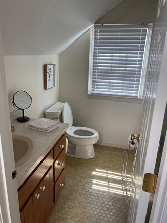 Orleans Cape Cod vacation rental - Upstairs bathroom