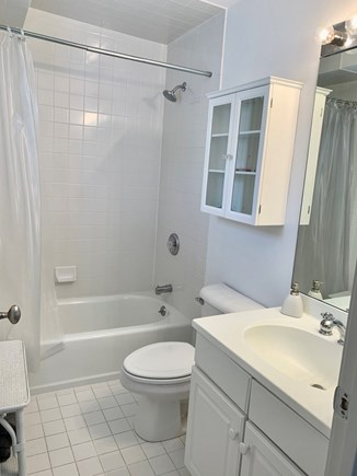 Chatham Cape Cod vacation rental - Another Full Bathroom