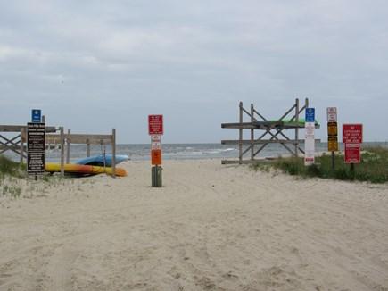 West Dennis Cape Cod vacation rental - 5 minute walk to So. Village Beach