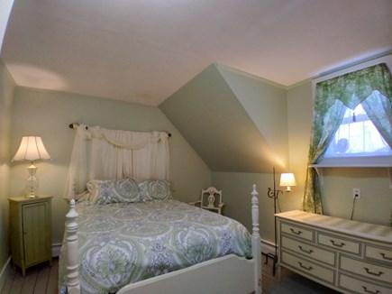 Dennis Cape Cod vacation rental - The Queens Bedroom retreat